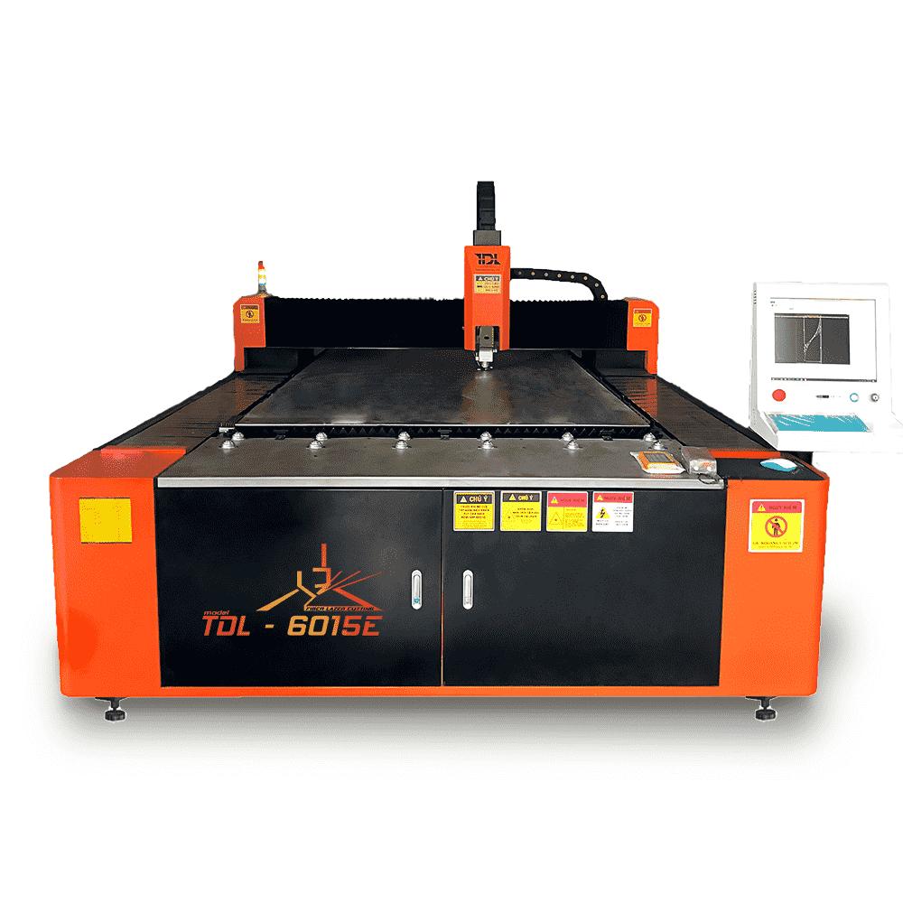 máy cắt laser 6015
