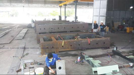 Khu vực chế tạo thân máy